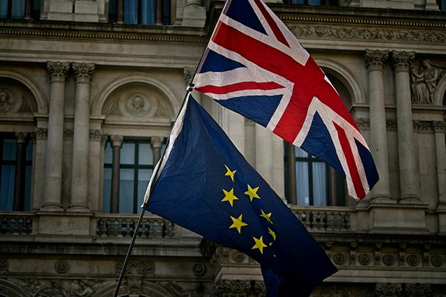 19. El aumento de los delitos de odio en el Reino Unido tras el Brexit, por Clara Viñuales Luna
