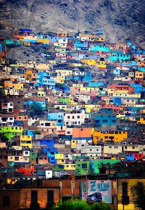 Ayuda humanitaria en contextos urbanos informales: fragilidad y violencia urbana – Zaragoza